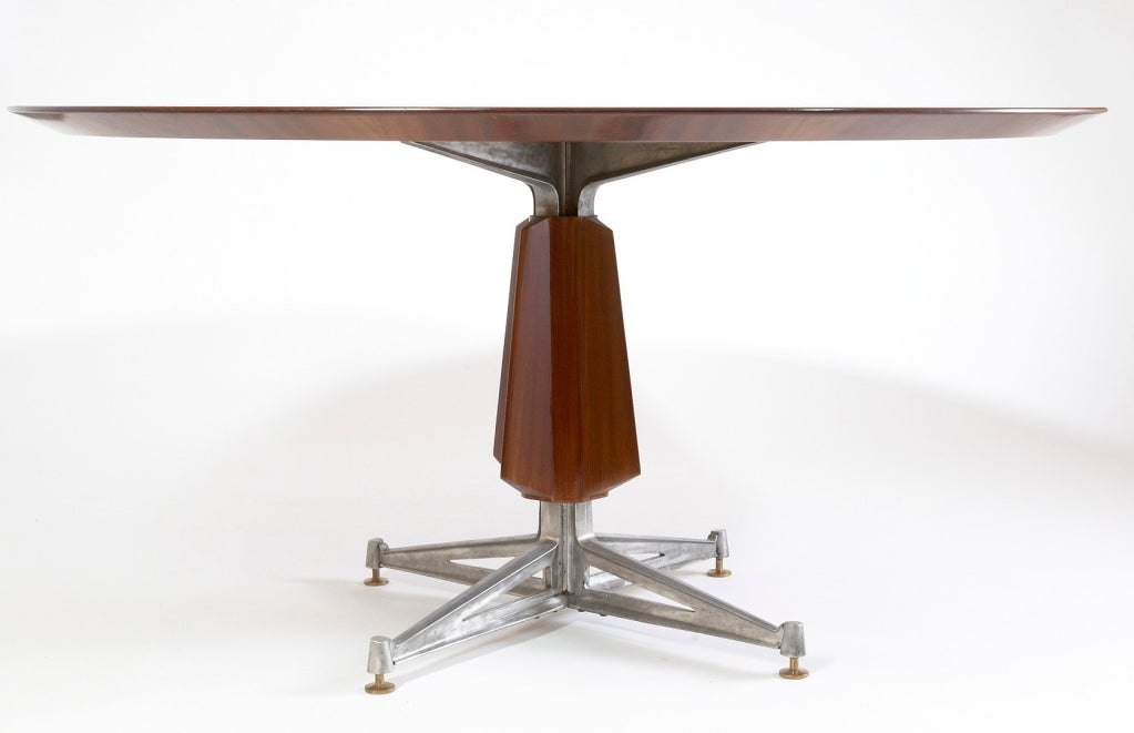 Mid-20th Century Sculptural Pedestal Mahogany Table with Cast Aluminium Base, 1950s For Sale