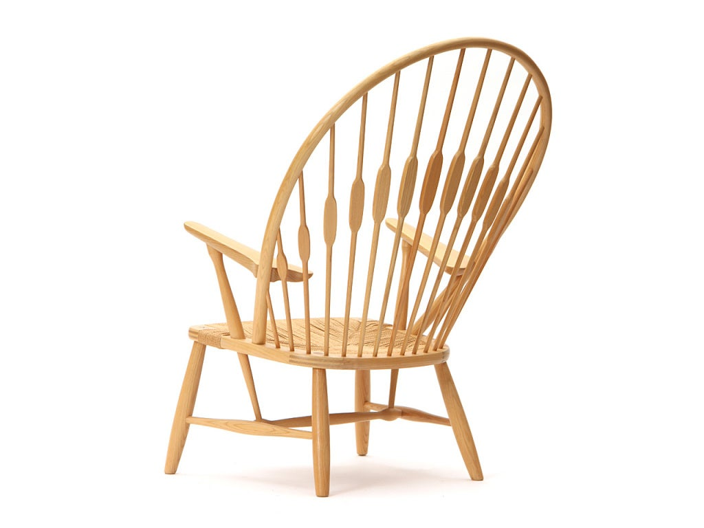 Peacock Chair by Hans Wegner In Excellent Condition For Sale In New York, NY
