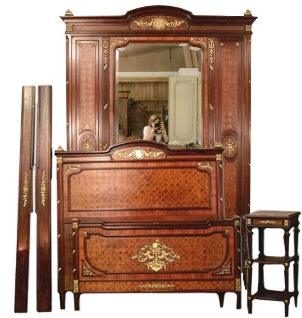 Art Nouveau Walnut 3 Piece Bedroom Suite: French Kingswood Three-Piece Bedroom Suite For Sale At 1stdibs
