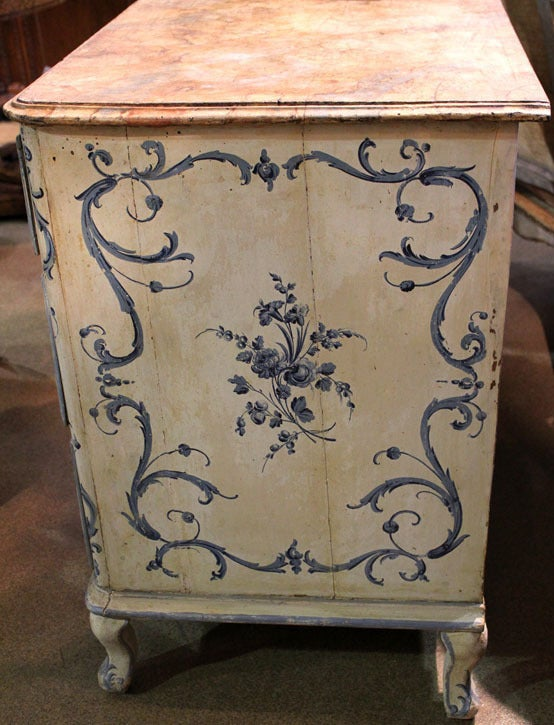 18th Century Italian Painted Blue and White Commode Chest of Drawers 10