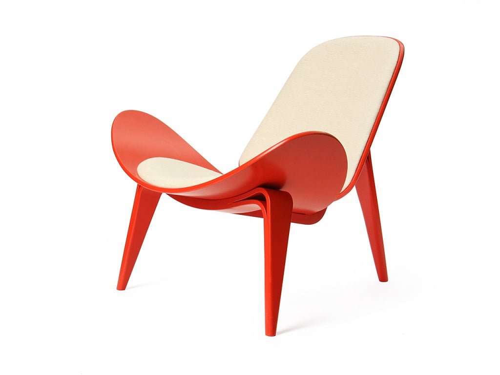 Scandinavian Modern Shell Chair by Hans J. Wegner For Sale