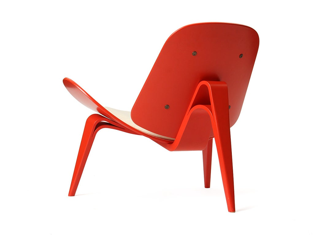 Shell Chair by Hans J. Wegner In Excellent Condition For Sale In Sagaponack, NY