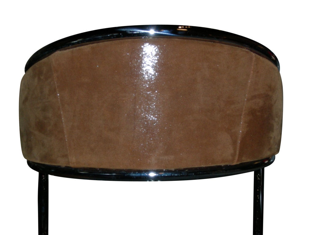 Cantilevered Bar Stools In Embossed Leather Milo