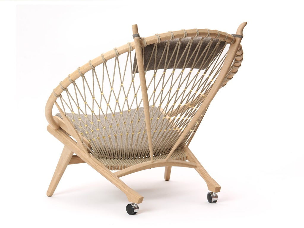 The Circle Chair by Hans J. Wegner 4