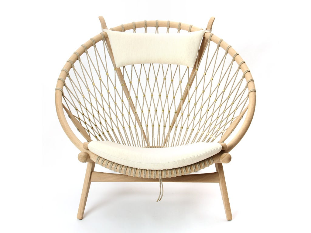 The Circle Chair by Hans J. Wegner 8