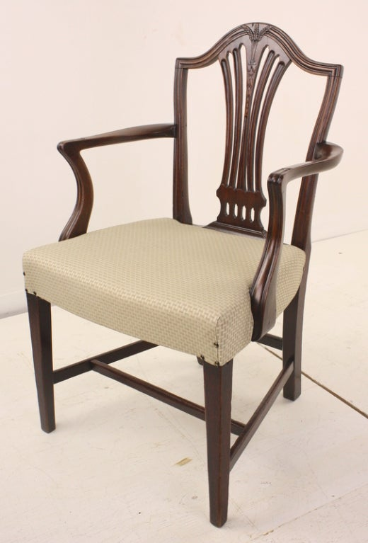Antique Georgian Mahogany 18th Century Armchair For Sale 4