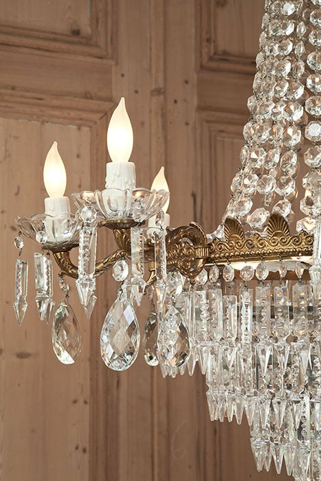French Antique Bronze & Crystal Chandelier For Sale