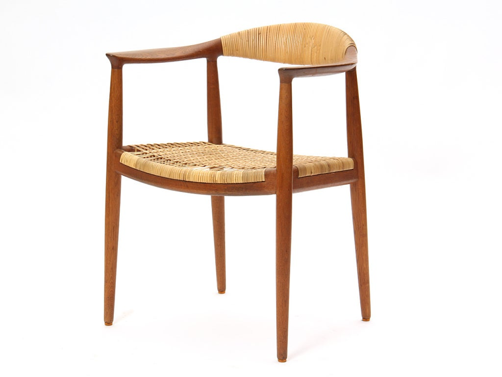 the round chair by hans j wegner at 1stdibs. Black Bedroom Furniture Sets. Home Design Ideas