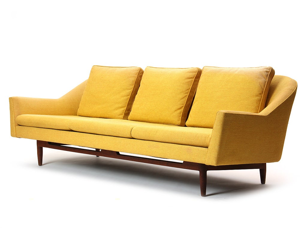 Mid-Century Modern Sofa by Jens Risom For Sale