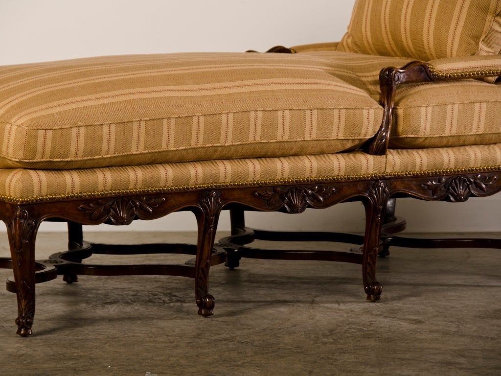 Antique french regence period carved walnut chaise longue for Antique french chaise