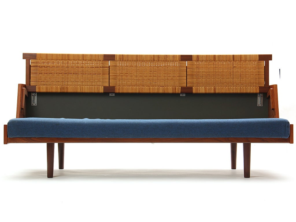Sofa Daybed by Hans J. Wegner 2