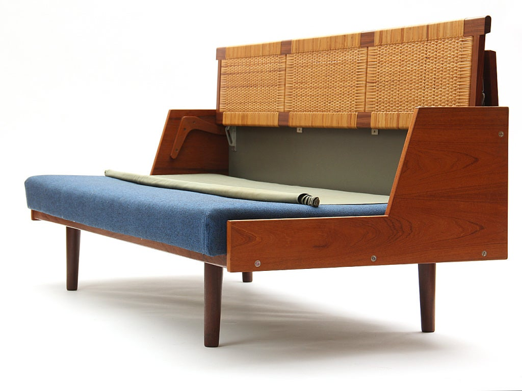 Sofa Daybed by Hans J. Wegner 5