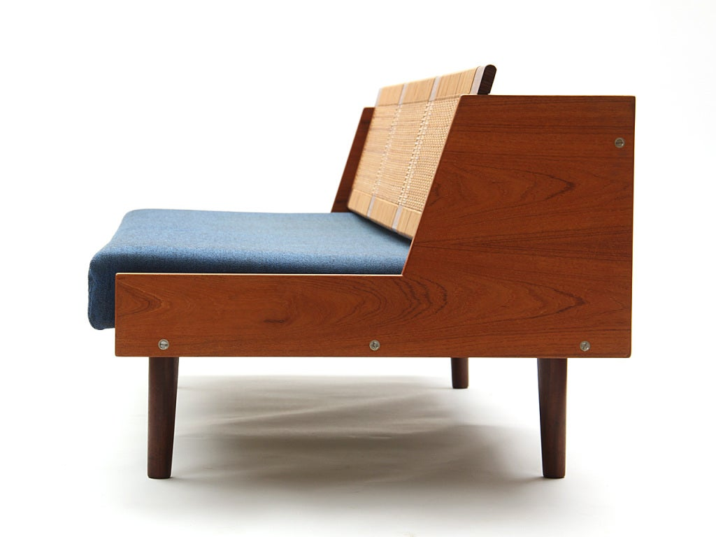 Sofa Daybed by Hans J. Wegner 7