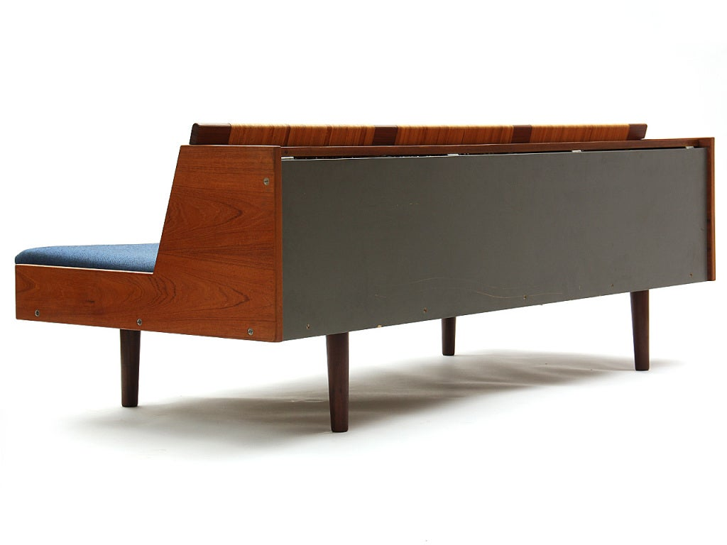 Sofa Daybed by Hans J. Wegner 8