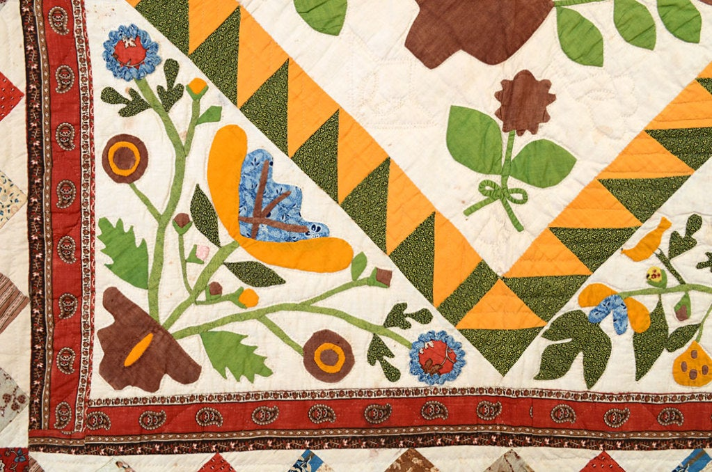 19th Century Center Medallion Quilt with Appliqued Basket of Flowers For Sale