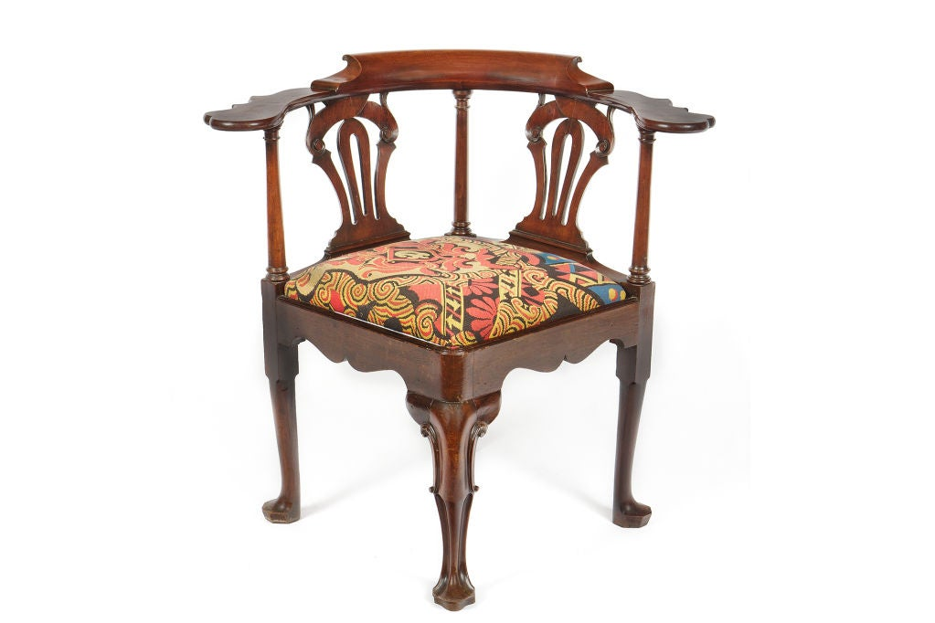 irish georgian mahogany corner reading chair image 2