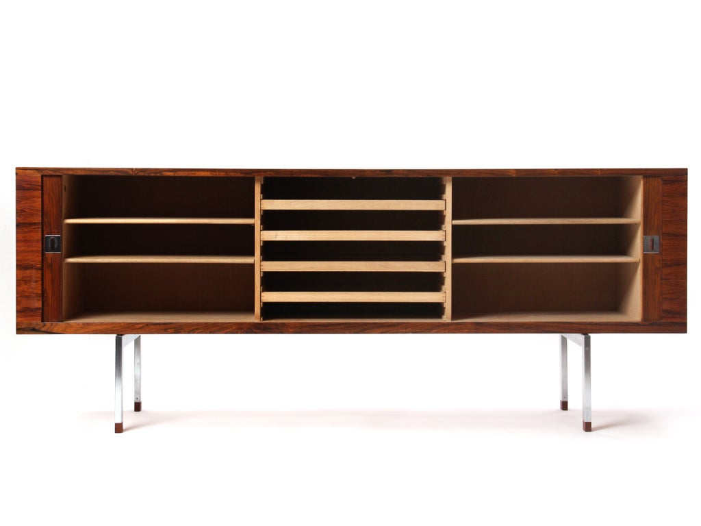 Scandinavian Modern Rosewood Credenza by Hans J. Wegner For Sale