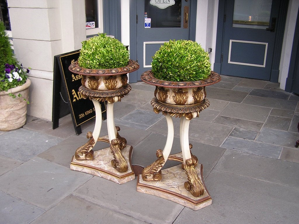 Pair of Italian Carved Wood Hand Painted and Gilt Garden Planters, Circa 1870 In Excellent Condition For Sale In Charleston, SC