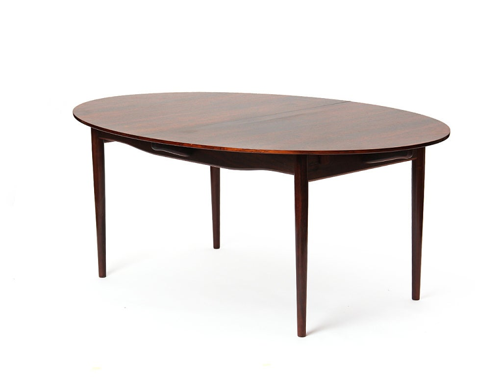 A Rosewood Dining Table by Finn Juhl For Sale 1