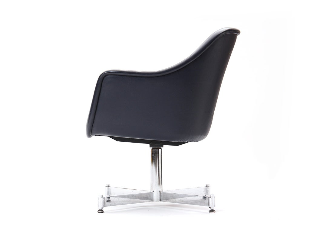 Leather Desk Chair by Ward Bennett In Excellent Condition For Sale In Sagaponack, NY