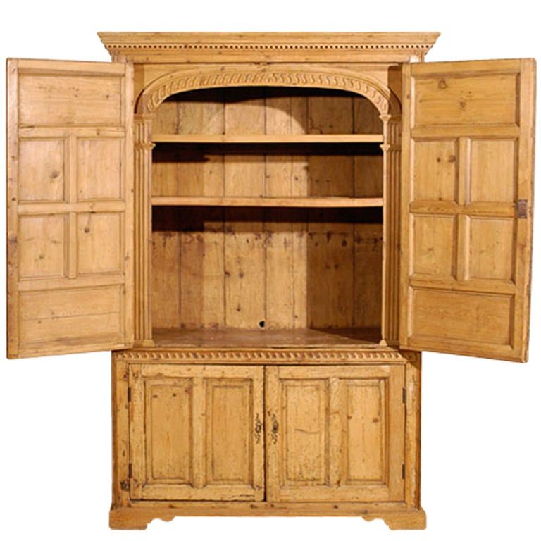 deux corps english pine armoire at 1stdibs. Black Bedroom Furniture Sets. Home Design Ideas