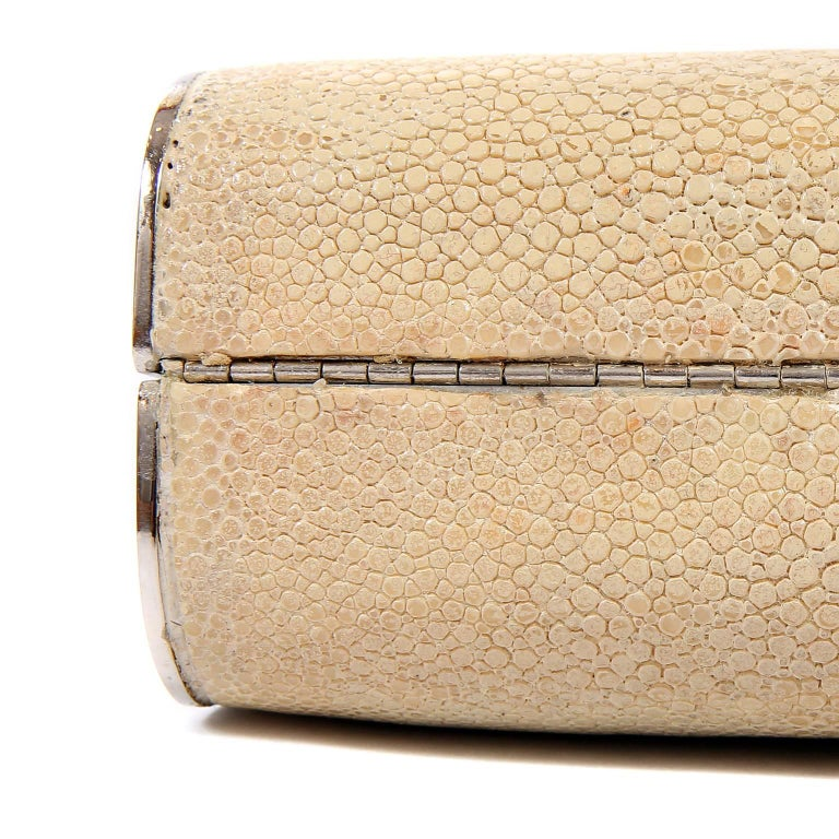 Chanel Beige Stingray Cross Body Evening Bag For Sale 3