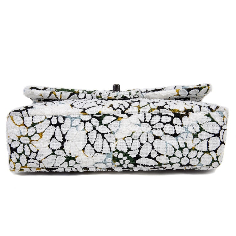 Chanel White Floral Tweed Double Flap Classic In Excellent Condition For Sale In Palm Beach, FL