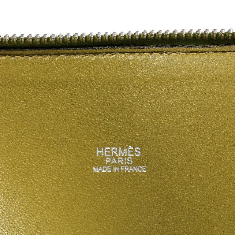 Women's Hermes Vert Anis Clemence 27 cm Bolide Bag For Sale