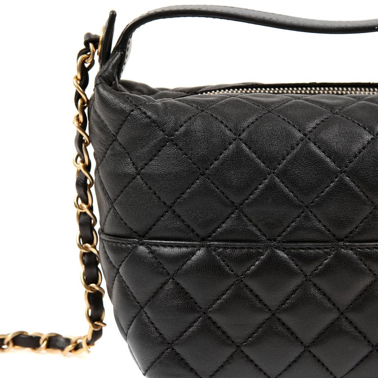 Chanel Black Quilted Leather Crossbody Bag For Sale 2