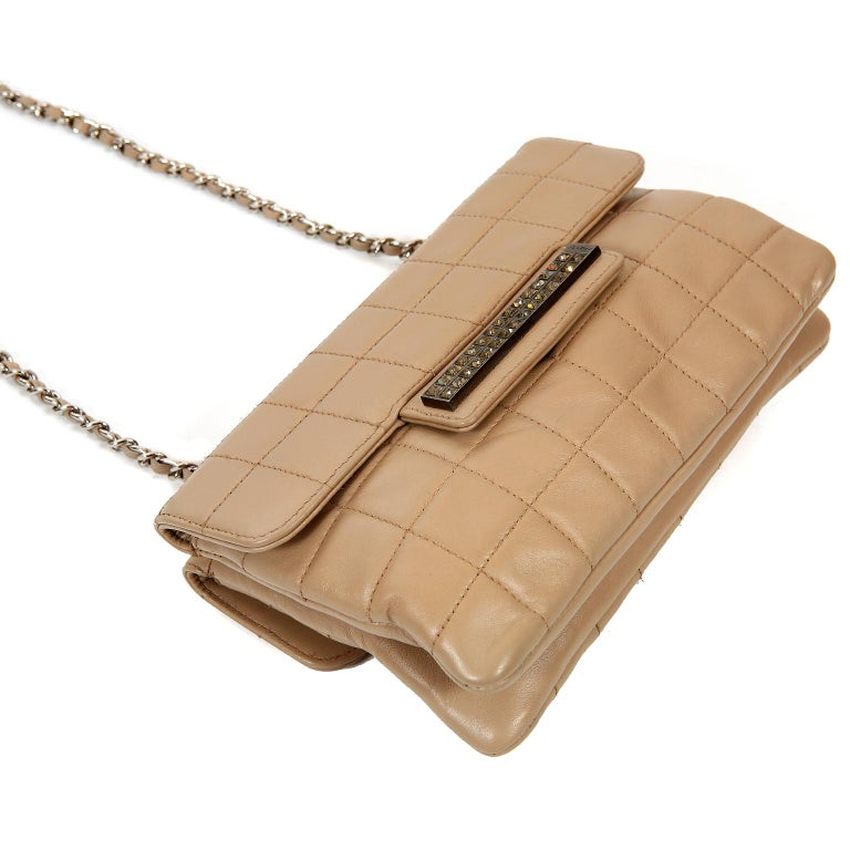 70e3ee91d08e Chanel Beige Lambskin Double Sided Crossbody Bag For Sale at 1stdibs