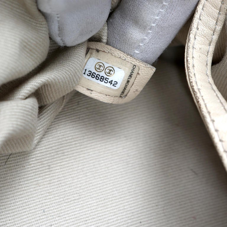 Chanel Charcoal Grey Distressed Leather XXL Tote For Sale 6