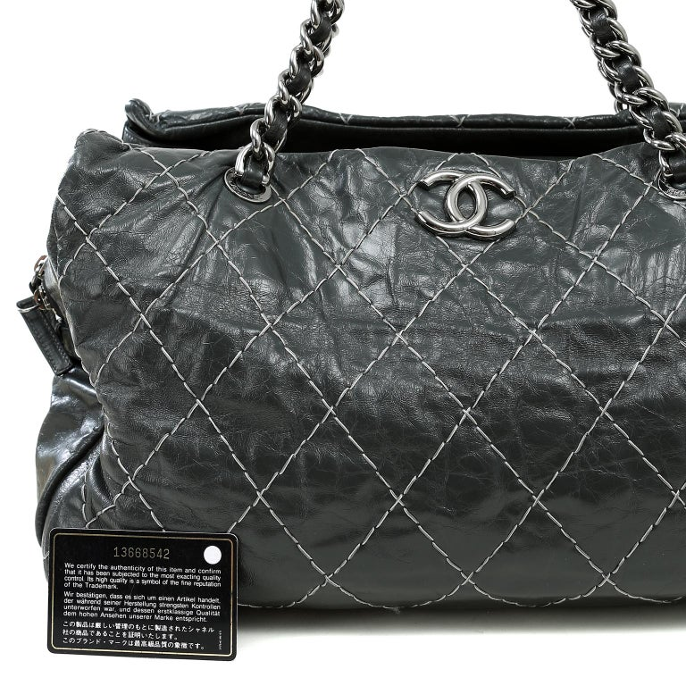 Chanel Charcoal Grey Distressed Leather XXL Tote For Sale 7