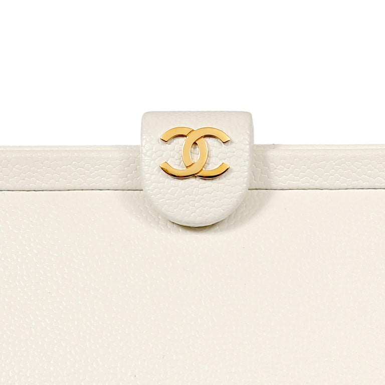 Chanel White Caviar Frame Top Bag For Sale 1
