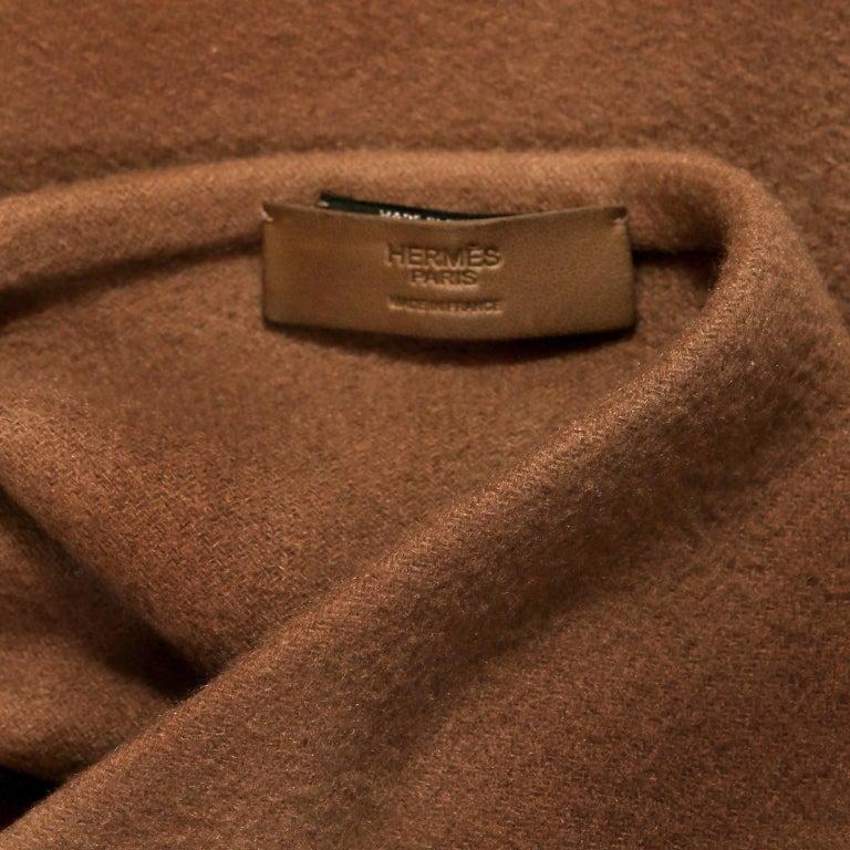 Hermès Brown Cashmere XXL Shawl For Sale 4