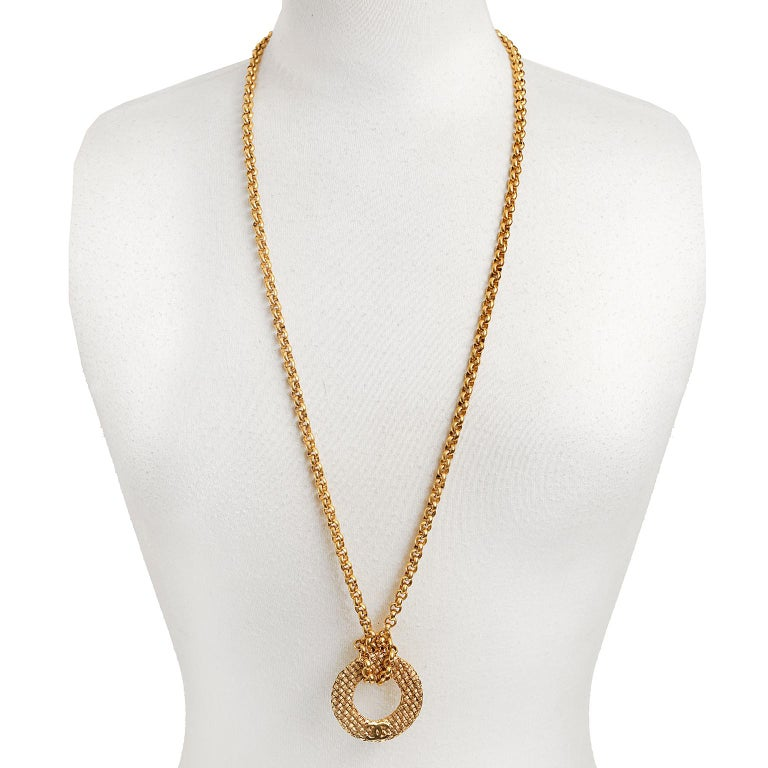 d1b63725537a Women's Chanel Vintage Gold Plated Medallion Long Chain Necklace For Sale