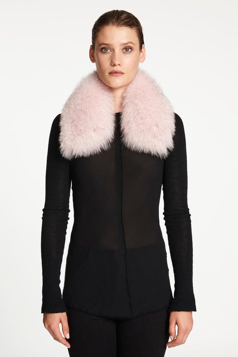 Verheyen London Peter Pan Collar in Pastel Rose Pink Fox Fur and lined in silk  In New Condition In London, GB
