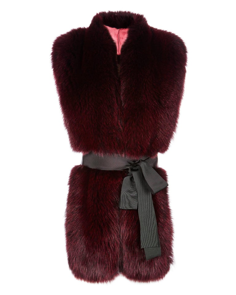 The Legacy Stole is Verheyen London's versatile design to be worn from day to night. Crafted in the finest dyed fox fur and lined in coloured silk satin.  A structured design to wrap over your shoulders for a statement look with or without a