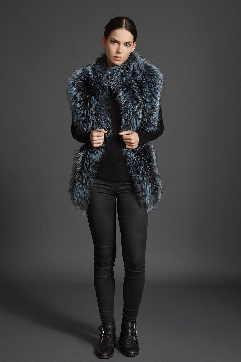 Verheyen London Nehru Collar Stole in Soft Blue Fox Fur & Silk Lining In New Condition For Sale In London, GB