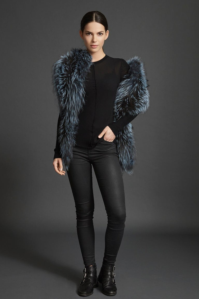 Verheyen London Nehru Collar Stole in Soft Blue Fox Fur & Silk Lining For Sale 2