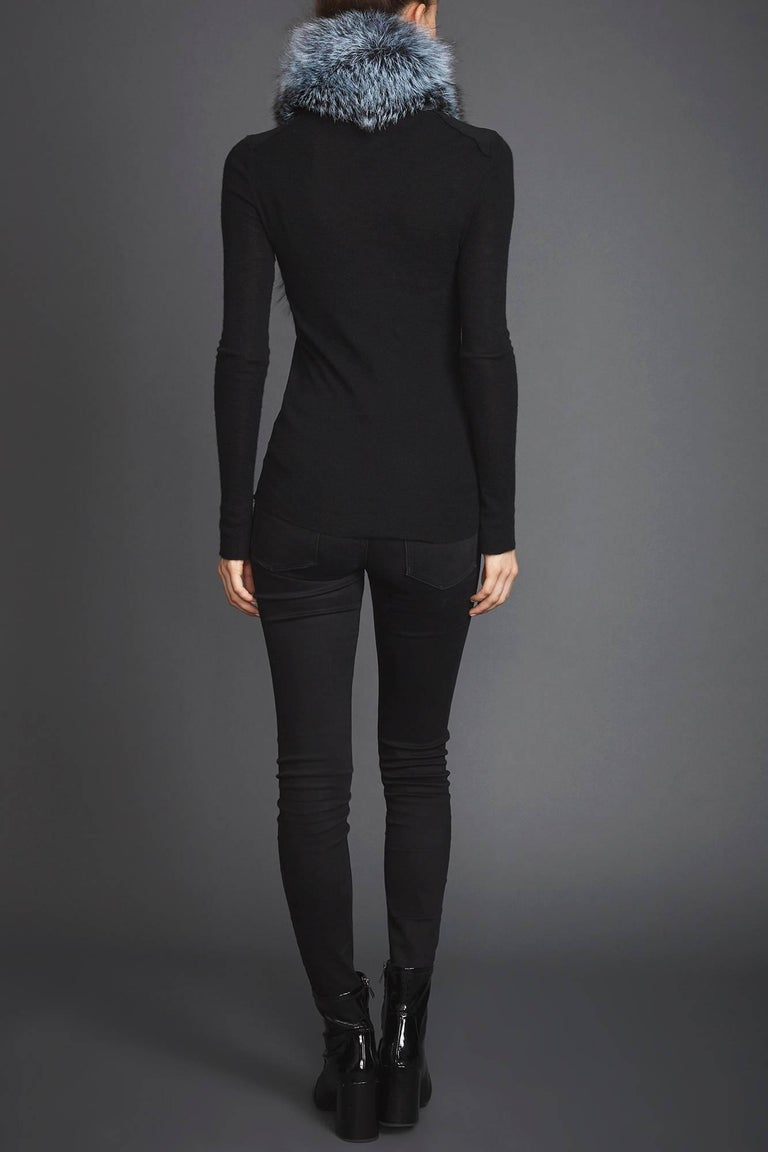 Women's or Men's Verheyen London Lapel Cross-through Collar in Iced Topaz Fox Fur  For Sale