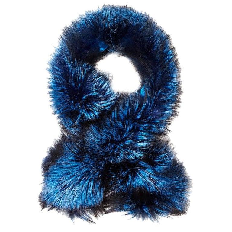 Verheyen London Lapel Cross-through Collar in Sapphire Fox Fur & Silk Lining For Sale