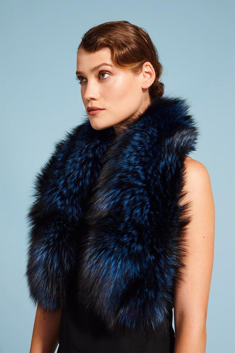 Purple Verheyen London Lapel Cross-through Collar in Sapphire Fox Fur & Silk Lining For Sale