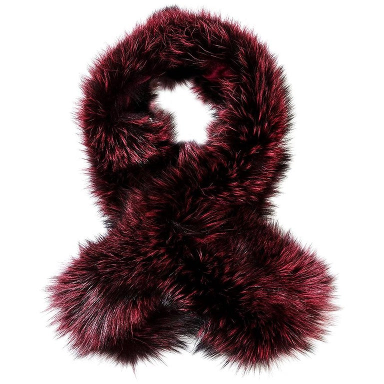 Verheyen London Lapel Cross-through Collar in Soft Ruby Fox Fur & Silk Lining For Sale