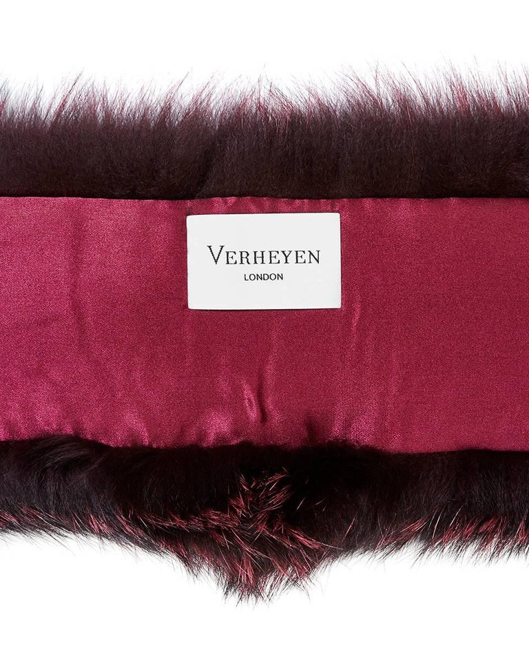 Verheyen London Lapel Cross-through Collar in Soft Ruby Fox Fur & Silk Lining For Sale 1