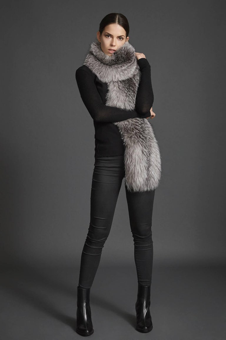 Verheyen London Legacy Stole Natural Blue Frost Fox Fur & Silk Lining -Brand New For Sale 1