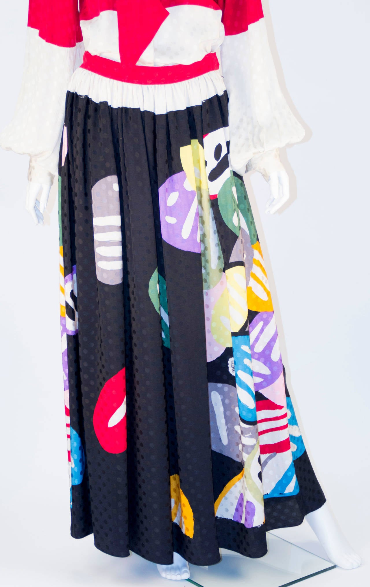 Michaele Vollbracht Designer Print Silk Two Piece Set In Excellent Condition For Sale In Houston, TX