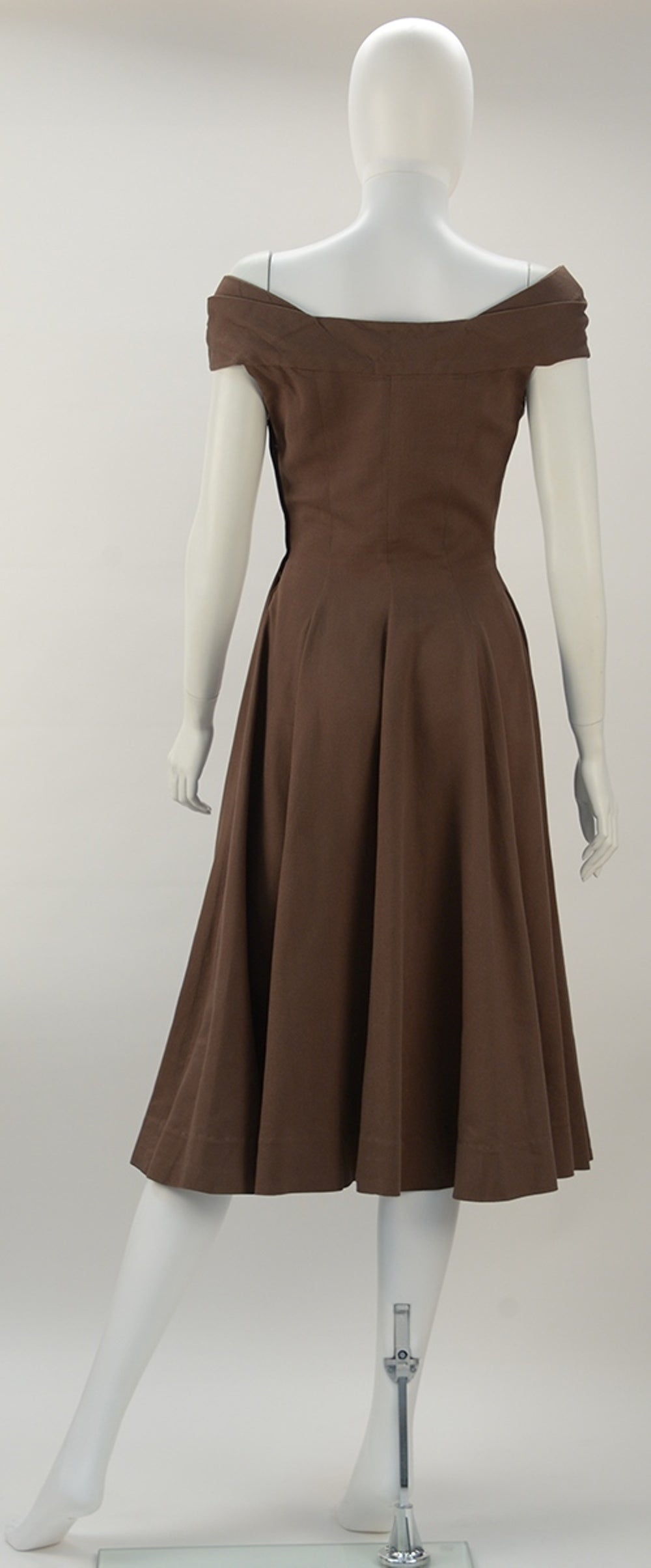 1930's Claire McCardell Brown Boatneck Dress 2