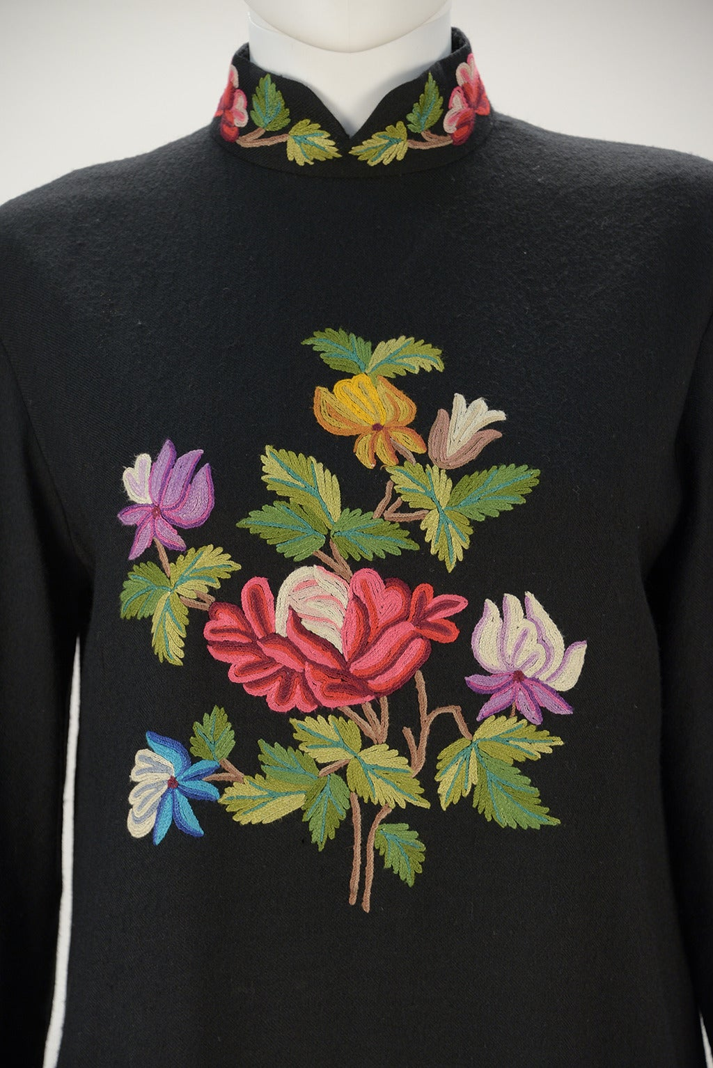 1950s Black Crewel Embroidered Dress At 1stdibs