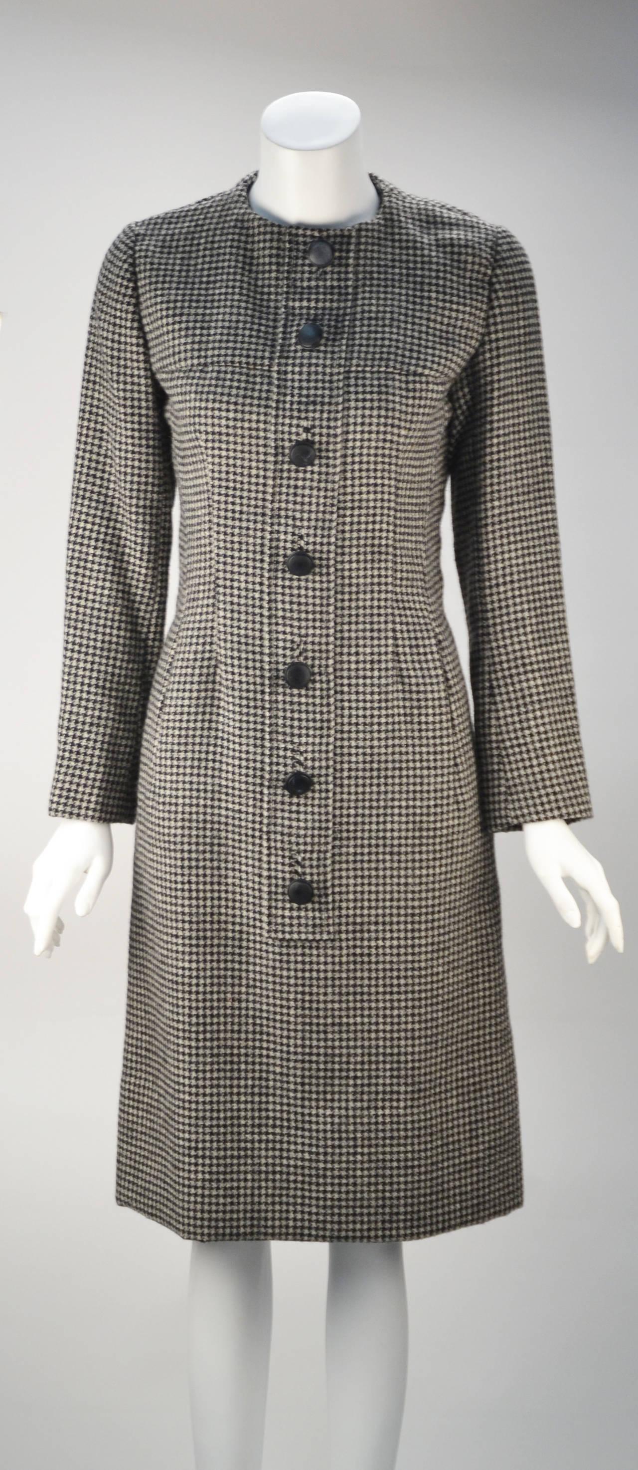 1950s Christian Dior Houndstooth Designer Cape and Dress Set 2