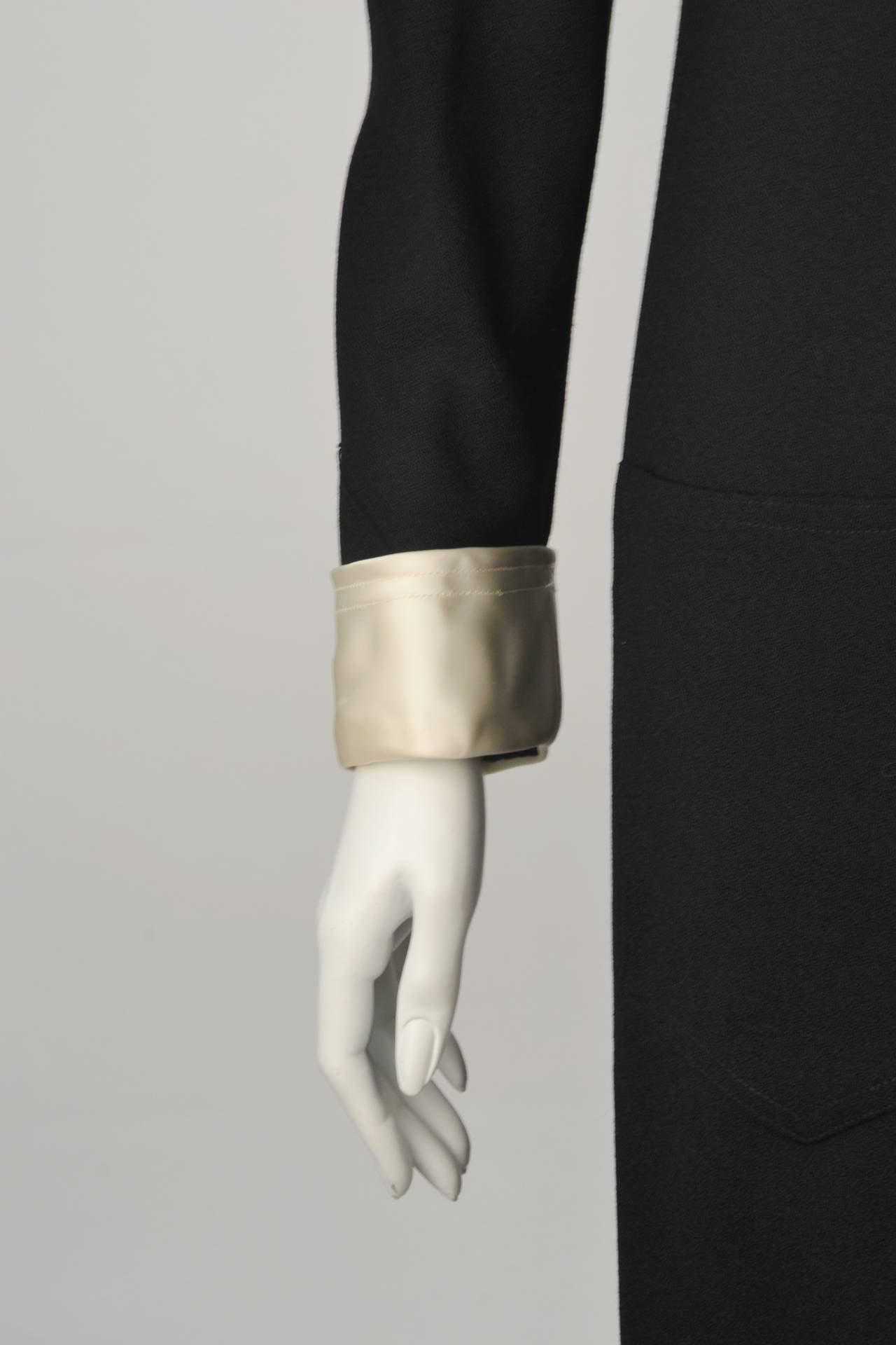 Women's 1970s Oscar de La Renta Black Jeweled Center Dress For Sale